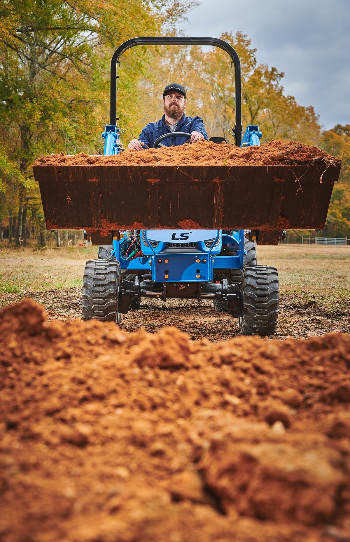 Herramientas para tractor LS