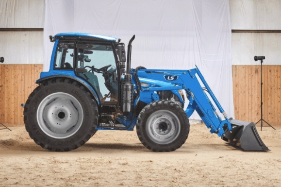 MT7 Utility Tractor