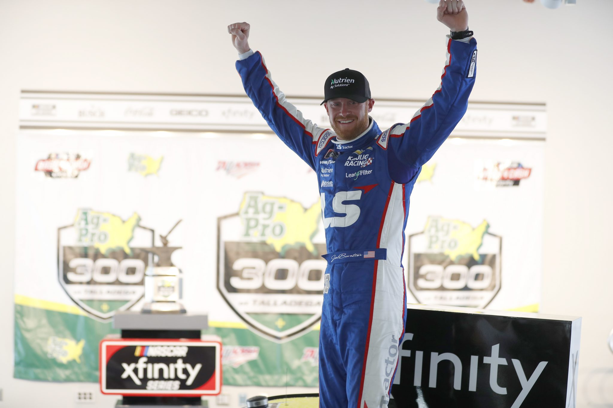 Jeb Burton Leads the Field To Victory